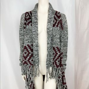 Maison Coupe Size M Poncho Tribal Open Front